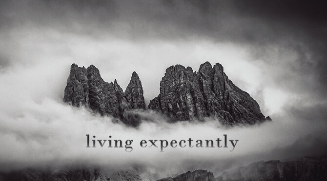 Living Expectantly2197